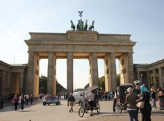 Berlin Germany Food & Travel Blog - My Kiki Cake - The Brandenburg Gate