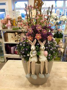 Easter 2020, Ikebana, Easter Crafts, Centerpieces, Display, Spring, Diy, Home Decor, Rabbits