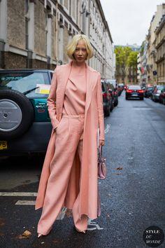 Paris SS 2018 Street Style: Soo Joo Park