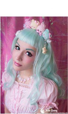 Pin by silly dolphin on Lolita and kawaii fashion Harajuku Girls, Harajuku Fashion, Kawaii Fashion, Lolita Fashion, Cute Fashion, Harajuku Style, Asian Fashion, Lolita Makeup, Lolita Hair