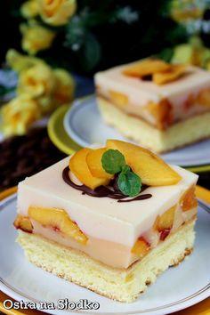ciasto brzoskwiniowe , ciasto na kisielu , kisielowe , ciasto z owocami , pasie . Polish Desserts, Polish Recipes, Candy Recipes, Sweet Recipes, Cake Business, Homemade Cakes, Mini Cakes, Cake Cookies, Cheesecake