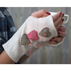 Cashmere fingerless gloves -could be made from a recycled sweater ans little felt hearts...so sweet. Inspiration piece.