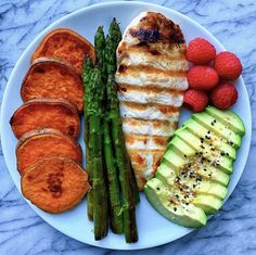 On the menu tonight is grilled chicken with all my favorite sides 🤗 I've heard Healthy Meal Prep, Healthy Snacks, Healthy Eating, Healthy Recipes, Eat Better, Think Food, Health Dinner, Food Goals, Aesthetic Food