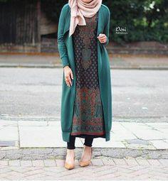 """hijabifashioninspo: """" https://i.instagram.com/desiraindrops/ """" ❤️ hijabifashioninspiration ❤️"""