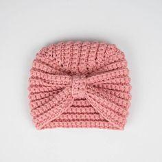 Crochet Baby Hats Free Pattern, Baby Girl Crochet, Crochet Baby Clothes, Newborn Crochet, Free Crochet, Crochet Patterns, Crochet Hats For Babies, Turban Crochet, Bonnet Crochet