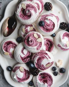 Blueberry Swirl Meringue Cookies from Oh Sweet Day! Cookbook { gluten-free, Grain-Free, dairy-free } – My Kitchen Meringue Cookie Recipe, Meringue Desserts, Blueberry Desserts, Cookie Recipes, Dessert Recipes, Easy Meringue Cookies, Chocolate Meringue Cookies, Meringues Recipe, Blueberry Cookies
