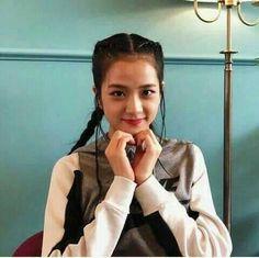 Blackpink Jisoo, Yg Entertainment, Fashion, Colors, August 8, Moda, La Mode, Fasion, Fashion Models