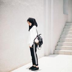 "7,101 Likes, 32 Comments - Firaa Assagaf (@firrrr_) on Instagram: ""#AdidasNeo  #AdidasIndonesia"""