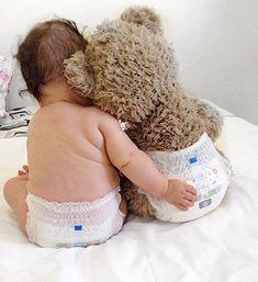 Monthly Baby Photos, Newborn Baby Photos, Baby Poses, Baby Boy Photos, Newborn Pictures, Baby Boy Newborn, Funny Baby Pictures, Baby Twins, So Cute Baby