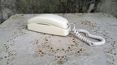 Vintage Creamy White Trimline Phone AT&T Touch Tone Digital