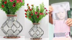 How to make Flower Vase with Plastic Canvas Diy Flowers, Flower Vases, Flower Pots, Paper Flowers, Plastic Canvas Crafts, Plastic Canvas Patterns, Paginas Webs, Bottle Crafts, Flower Making