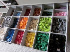 How LEGO freaks stack and store their LEGOs — Quartz Check Lego storage organizer - launching soon on Kickstarter .also check out the Lego storage organizer - launching soon on Kickstarter Lego Storage Boxes, Lego Storage Brick, Lego Brick, Storage Bins, Storage Ideas, Toy Storage Solutions, Kids Storage, Kitchen Storage, Food Storage