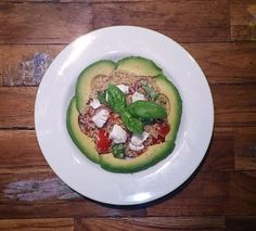quinoa salad with avocado, tomatoes and goats creamcheese #yummy