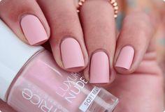 Malý koutek krásy: Catrice Luxury Nudes Soft Matt 08 Little Dose of Rose & vodolepky