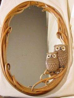 So cute owl mirror, you can also get it in blue, green, and pink. Owl Home Decor, Owls Decor, Owl Bedrooms, Owl Always Love You, Beautiful Owl, Owl Crafts, Wise Owl, Owl House, Owl Art