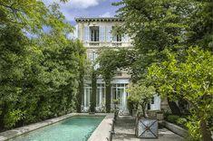 L'Hotel Particulier | Lieu historique en Camargue, Arles, France