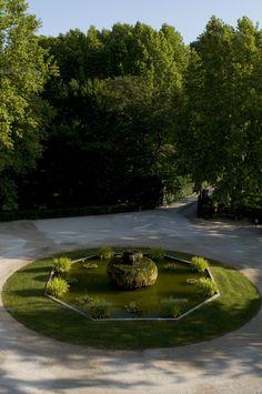 La fontana del Grand Hotel delle Terme di Stigliano. #fountain #nature #green #land