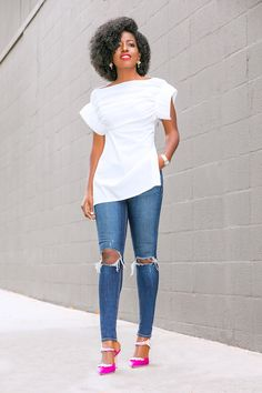 i love fashion. Skinny Jeans Style, Ripped Skinny Jeans, Classy Outfits, Chic Outfits, Fashion Outfits, Style Pantry, Elegant Outfit, Preppy Style, Look Fashion