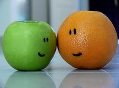 Best of friends. Fruit Creations, Fruit Picture, Fruit Dishes, Weird Things, Smile Face, Fruits And Veggies, Say Hello, Making Out, Keep It Cleaner