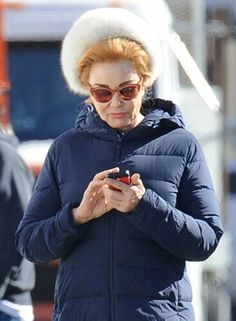 """Jessica Lange on the set of """"Feud: Bette and Joan"""" (January 27, 2017)"""