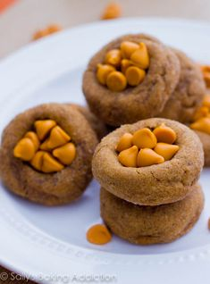Soft Gingersnaps with Butterscotch Chips by Sallys Baking Addiction #cookies