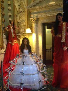 Sari Stilt Walkers & The Champagne Dress #AsianWeddings
