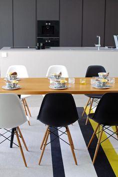 Woodnotes Horizon paper yarn carpet. #diningroom #design #contemporary #interiordesign #interiordecor