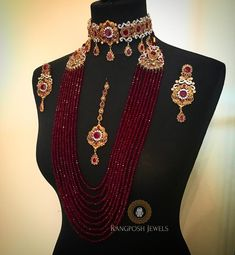 bridal sets & bridesmaid jewelry sets – a complete bridal look Pakistani Bridal Jewelry, Indian Bridal Jewelry Sets, Bridal Jewellery, Handmade Jewellery, Resin Jewellery, Diamond Jewellery, Stylish Jewelry, Fashion Jewelry, Gold Jewellery Design