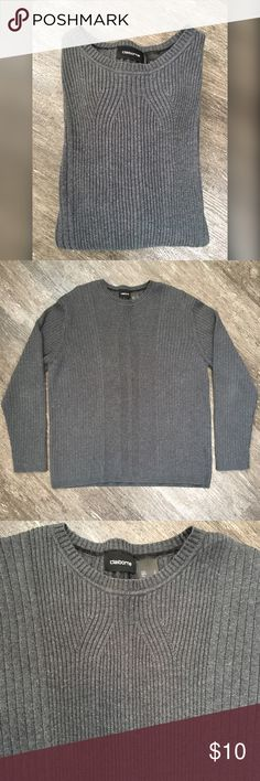 👔Claiborne Sweater👔 Grey ribbed sweater by Claiborne. Size Large. Normal signs of wash and wear. Claiborne Sweaters Crewneck