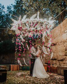 Domingos para perderme entre tus brazos 😍 #Repost @marco_schifa ・・・ Amazing Wedding in Italy #destinationwedding Thank you @nataschagrande_ @torre_del_parco @donatochiriatti Edited with @redleafstudios #flintandsteelpresets #weddingbackdrop #backdrop #ceremony #ceremonia #weddinginspiration #ibiza #ibizaweddingplanner #ibizaweddings #ibizawedding #bodaibiza #bodasibiza #weddingibiza #weddingsibiza #weddinginspiration #destinationwedding #weddingideas #weddingplanner #boda #bodas #wedding…