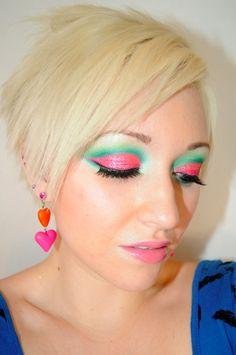 eyeshadow wow! i love leesha! check her blog everyday:)