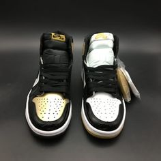 Cheap Authentic Air Jordan 1 Retro AAAA Black Gold Mens shoes 4c49ddddba