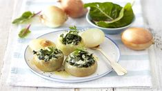 Use whole onions stuffed with spinach, garlic and parsley as an accompaniment to any roast, or a light meal. Spinach is one of the Future 50 Foods! Creamy Sauce, Vegetable Dishes, Stuffed Onions, Spinach, Vegetarian Recipes, Roast, Parsley, Meals, Dinner
