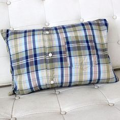 No-Sew Shirt Pillow