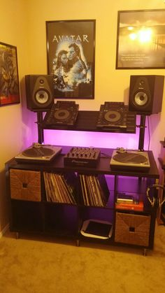 DJ, Guitar, and Production Station - Album on Imgur