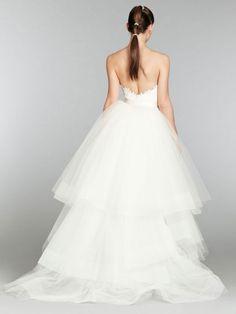lazaro-bridal-lace-trumpet-gown-sweetheart-neckline-detachable-horsehair-train-natural-waist-sweep-train-3357_x2.jpg 540×720 pixeles