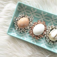 Who would have thought the Lucy necklace would make such a great nest??