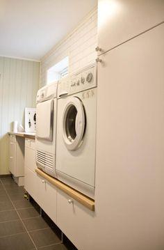 . Laundry Room, Washing Machine, House Ideas, Home Appliances, Basement Ideas, House Appliances, Laundry Rooms, Appliances, Laundry