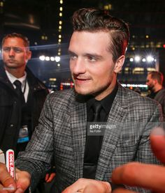 Josh Hutcherson attends the 'The Hunger Games: Mockingjay - Part 2' World Premiere on November 04, 2015 in Berlin, Germany.