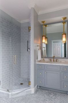 One Creative Life and Party likes this one: 55 Good Small Master Bathroom Renovation Ideas Mold In Bathroom, Bathroom Tile Designs, Bathroom Interior Design, Master Bathroom, Bathroom Ideas, Bathroom Mirrors, Silver Bathroom, Small Bathrooms, Bathroom Shelves