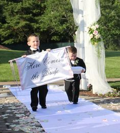 27 Incredibly Cute Ring Bearer Signs You'll Want For Your Wedding | Mid-South…