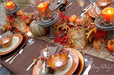 A Fall Evening Tablescape by dining delight Fall Table Settings, Beautiful Table Settings, Place Settings, Winter Home Decor, Autumn Home, Autumn Fall, Thanksgiving Tablescapes, Thanksgiving Decorations, Pumpkin Carving Party
