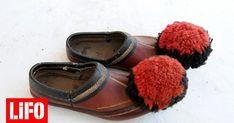 Πριν γίνει ιστορικό σύμβολο, το τσαρούχι ήταν το πιο διαδεδομένο υπόδημα των χωρικών της ηπειρωτικής Ελλάδας. Από πού προήλθε και ποια είναι η ιστορία του; Greek Costumes, Greeks, Archaeology, Fiber Art, Kai, Footwear, Polo, Dance, Traditional