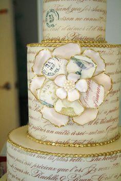 6 Wedding Cake Trends in 2020 Luxury Wedding Cake, Beautiful Wedding Cakes, Beautiful Cakes, Amazing Cakes, Wedding Cake Designs, Wedding Cupcakes, Cake Cookies, Cupcake Cakes, Flower Cupcakes