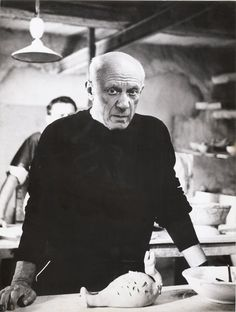 André Villers - Picasso with a Clay Sculpture