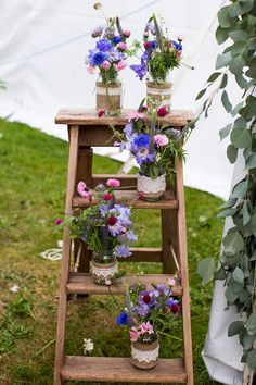 Stylish Gold Glitter Wedding Ladder Jar Flowers http://www.katherineashdown.co.uk/