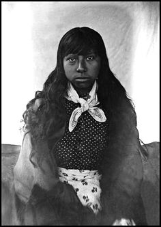 Cherokee girl. Photo titled: Ayasta's Daughter, 1888. National Anthropological Archives, Smithsonian Institution.