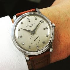 A very fine and rare platinum 2552 with diamond indexes