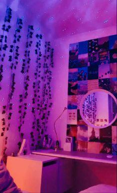 Neon Bedroom, Cute Bedroom Decor, Room Design Bedroom, Teen Room Decor, Room Ideas Bedroom, Chill Room, Cozy Room, Chambre Indie, Dream Rooms