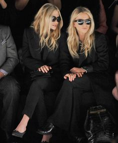 Black is Back: Double take on chic at NY Fashion Week, Mary Kate & Ashley Olsen. (via StealingStyle.com)